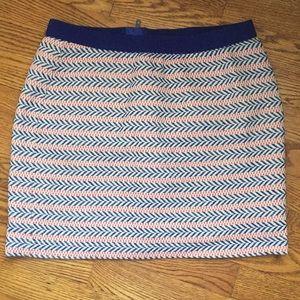 Size 4 GAP skirt blue red pattern elastic zipper